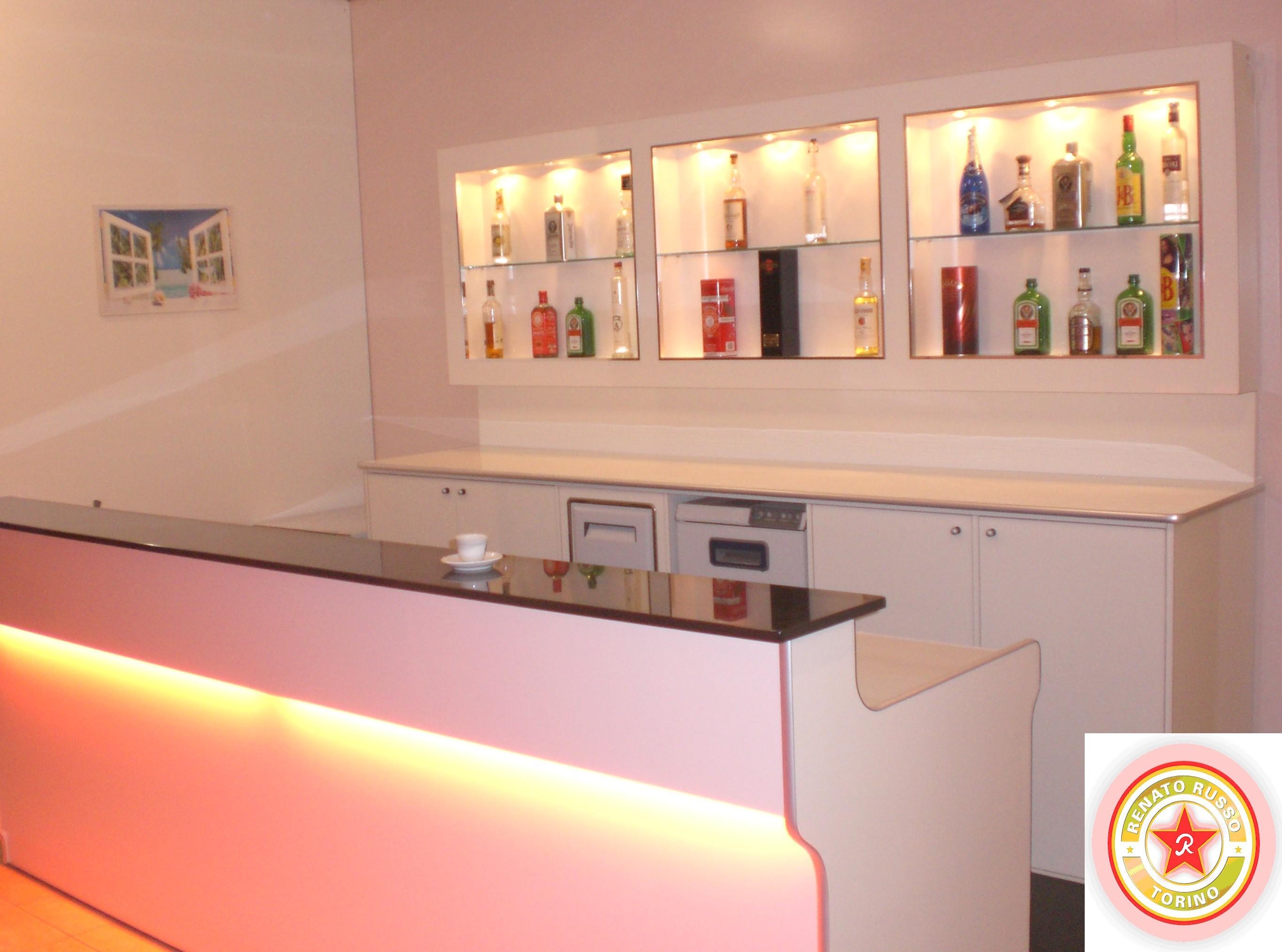 Produttori banconi bar dal 1980 renato russo torino for Martini arredamenti